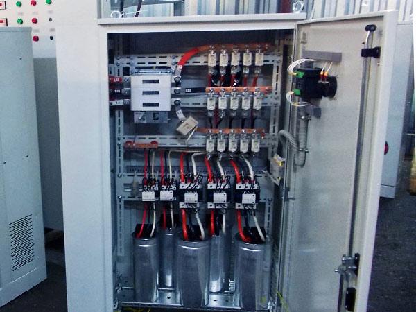 Комплектни кондензаторни уредби/ККУ